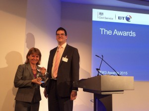 Olly Robbins awarding the Culture Award to BiS