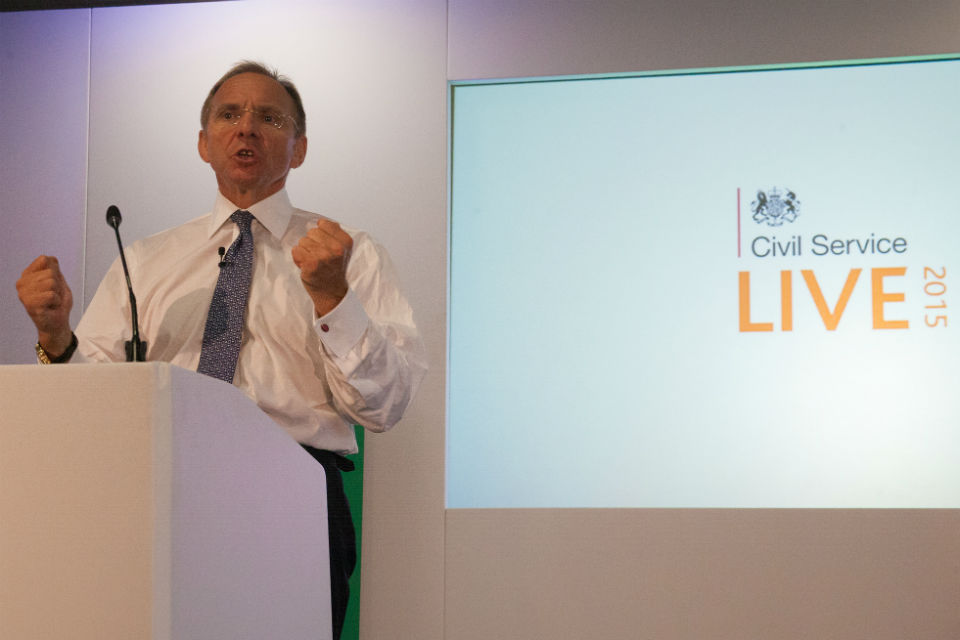 John Manzoni opening the T-shaped Experts session at Civil Service Live 2015: Newcastle.
