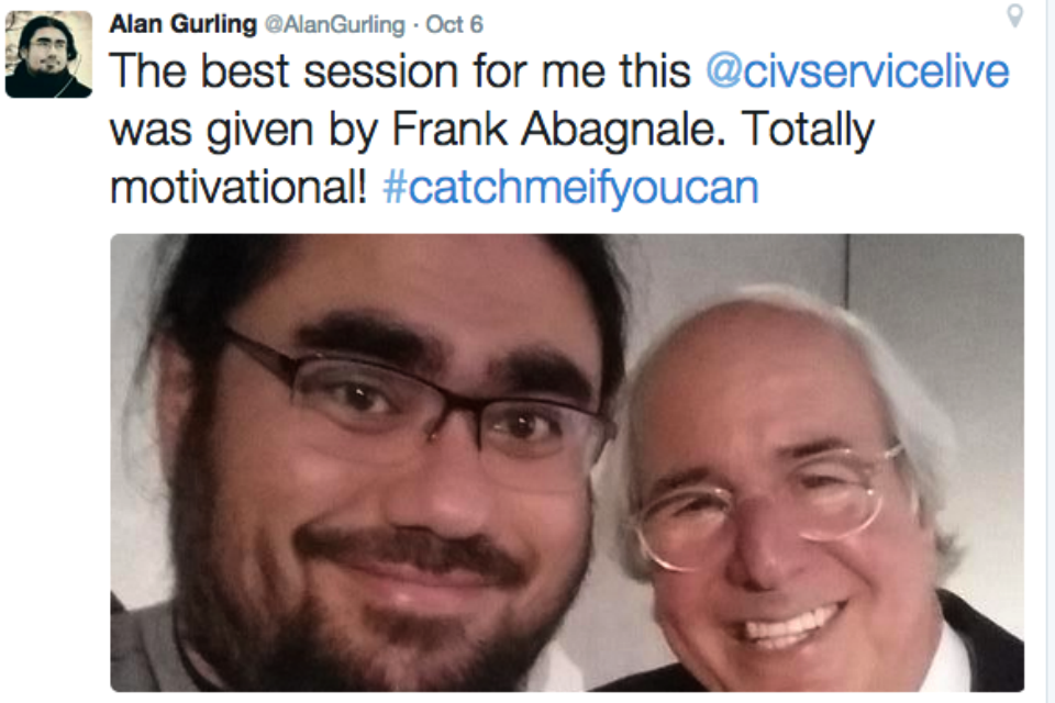 Tweet from Alan Gurling with selfie of him and Frank Abagnale (back)