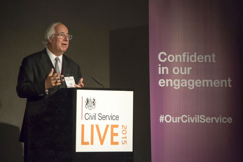 Frank Abagnale talking at Civil Service Live