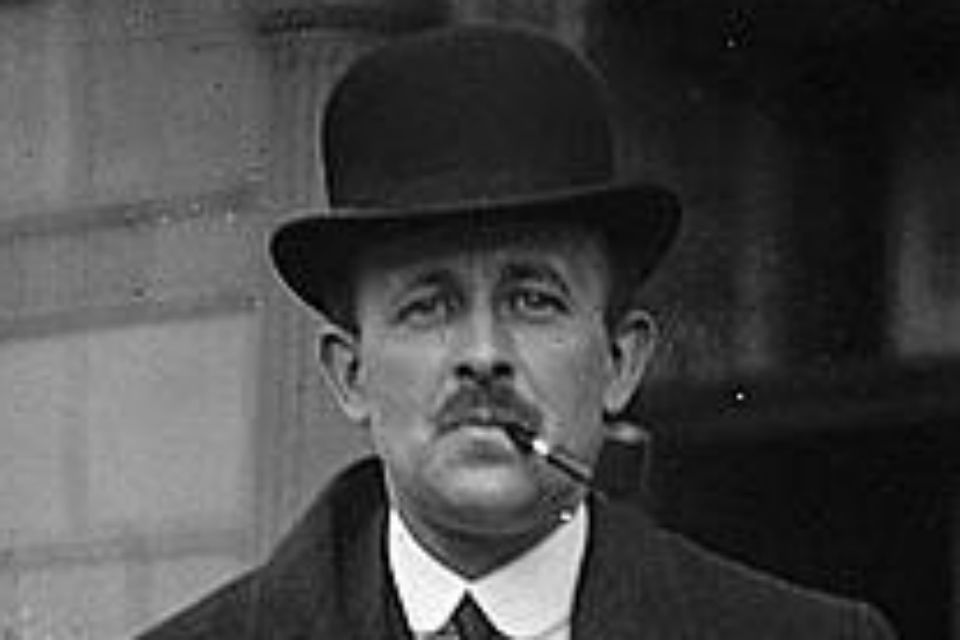 Head and shoulders of Maurice Hankey