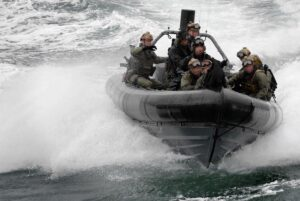 Special forces training on open water. © Crown
